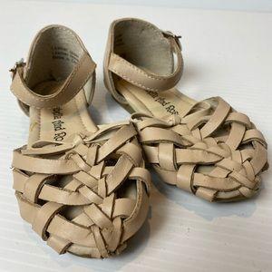 ARABELLA & ROSE Flat Sandals Girls size 5 leather